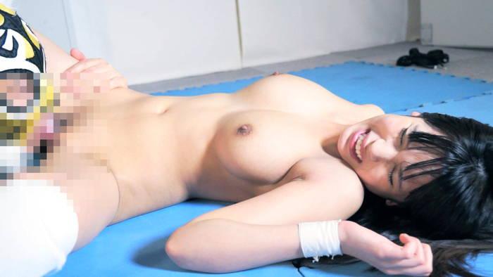 巨乳レスラー逢沢るるのミックスファイトでレイプされる逢沢るるの巨乳ぶるんぶるんセックスプロレスがエロ過ぎるAV
