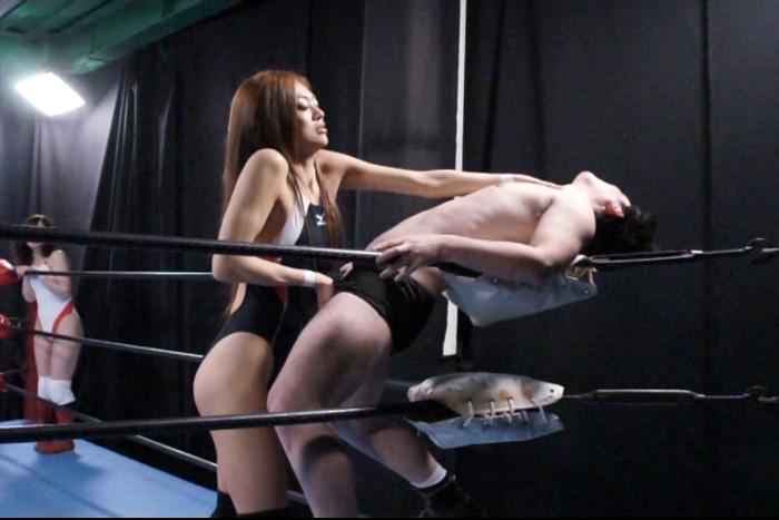 男女混合でミックスファイトをするエロ格闘技キャットファイト動画 性感帯を刺激しあいイカセ合う卑猥なAV格闘技